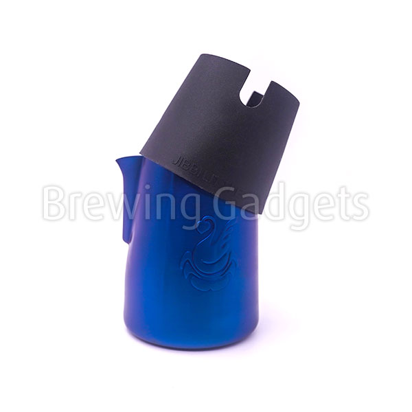 Jibbijug Magic Milk Pitchers - Matt Blue