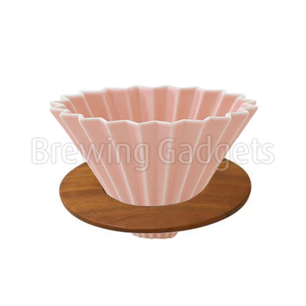 Pink Origami Dripper M with Wooden Holder