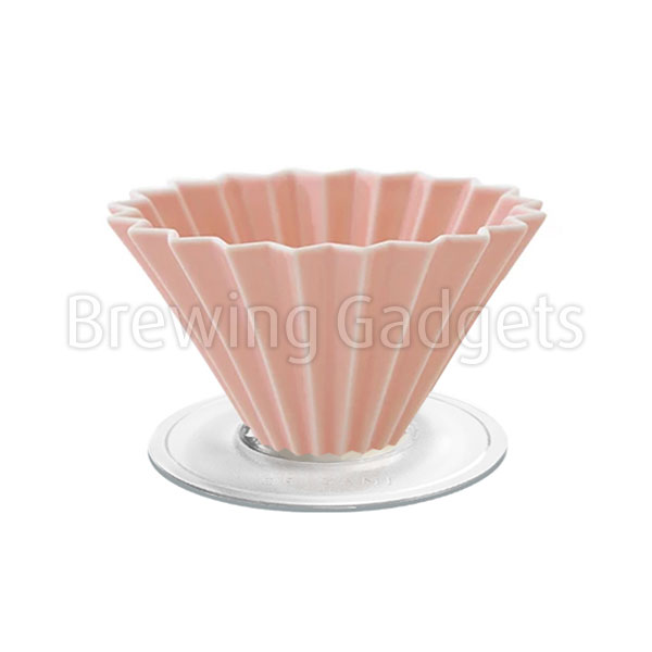 Pink Origami Dripper M with Plastic Holder