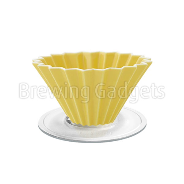 Yellow Origami Dripper M With Plastic Holder